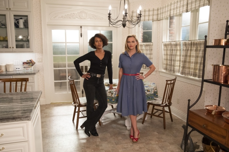 Reese Witherspoon as Elena Richardson and Kerry Washington as Mia Warren