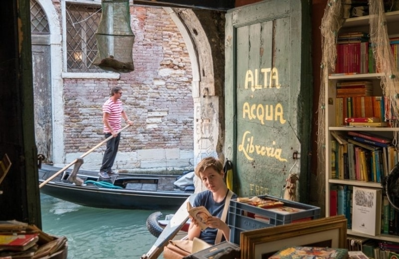 libreria-acqua-alta